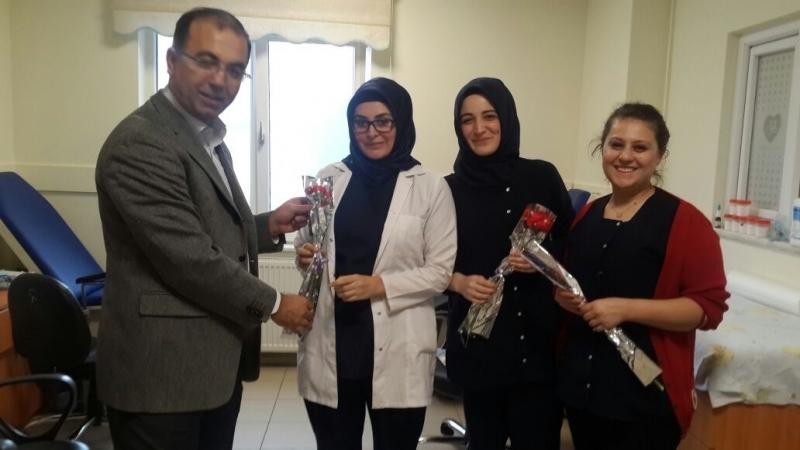 Hastane yönetimi olarak hastalarımızın ve personellerimizin 8 Mart Dünya Kadınlar Gününü kutladık