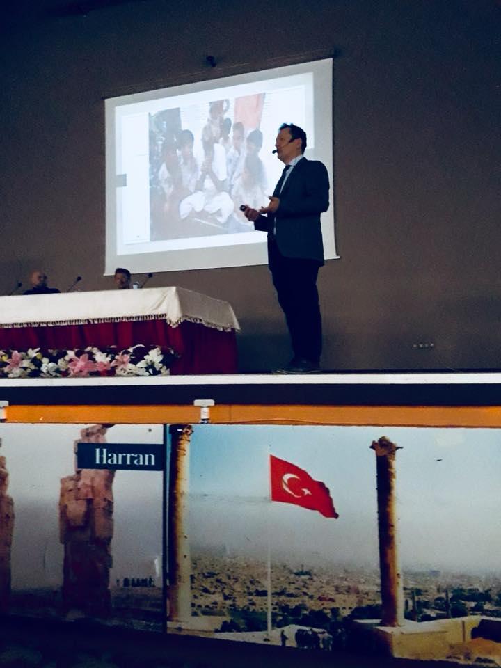 Psikiyatri Uzmanımız Dr. İbrahim Karakaya 'GELECEKTE BENDE VARIM' projesi kapsamında düzenlenen ' Madde Bağımlılığının Önlenmesi ve Tedavi Yöntemleri' konulu panele katılmıştır