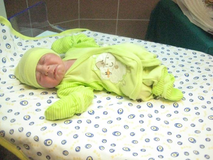 bebek karataş